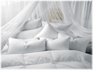 Много подушек разного размера